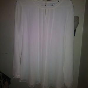 Cabi womens medium all white top #104